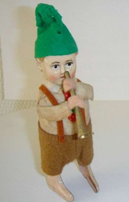 Schuco 982/3 Dance Figure Sepp with flute