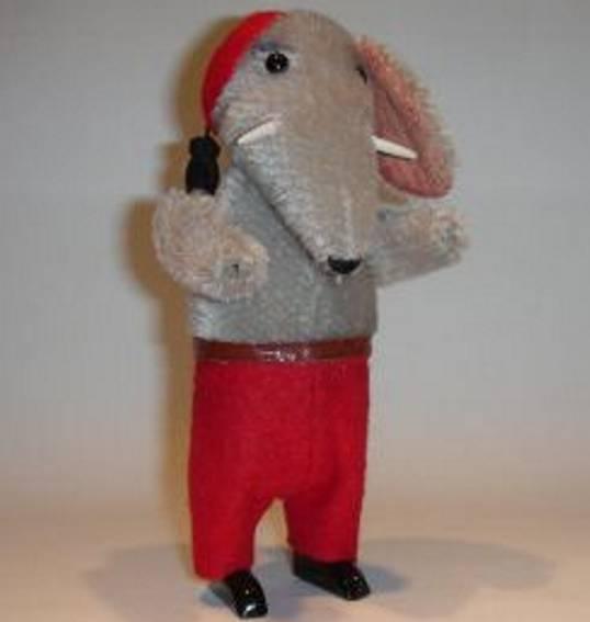 schuco tin dance figure elephant with clockwork