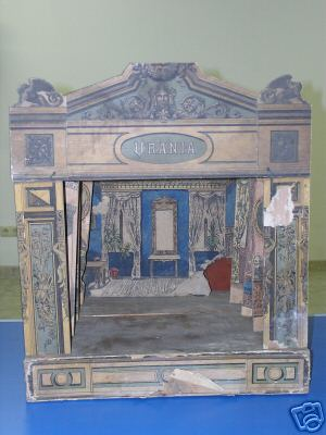 Urania Table puppet theater