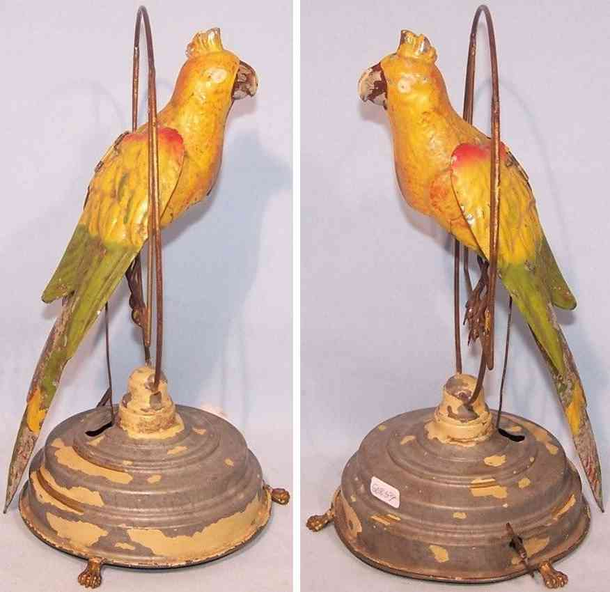 guenthermann  parrot on swing with voice and clockwork