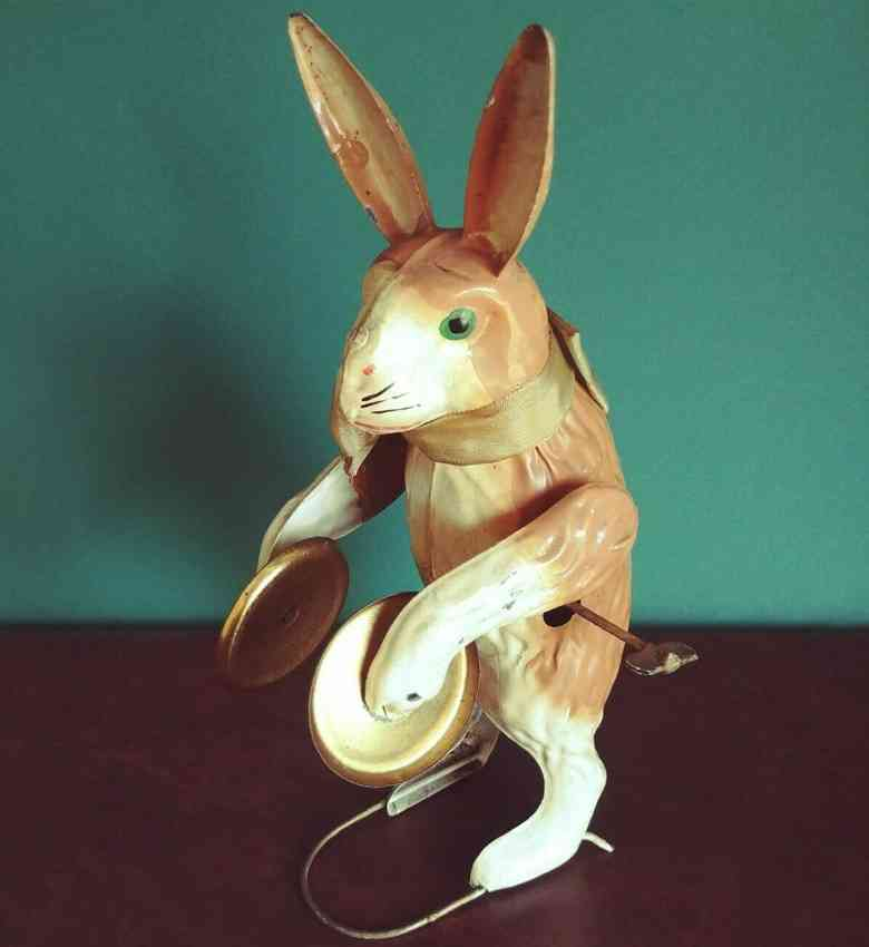 staudt leonhard tin wind-up toy hare with cymbals