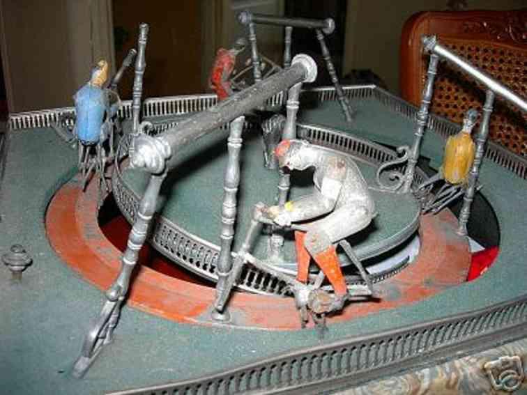 veb tin toy course cycliste