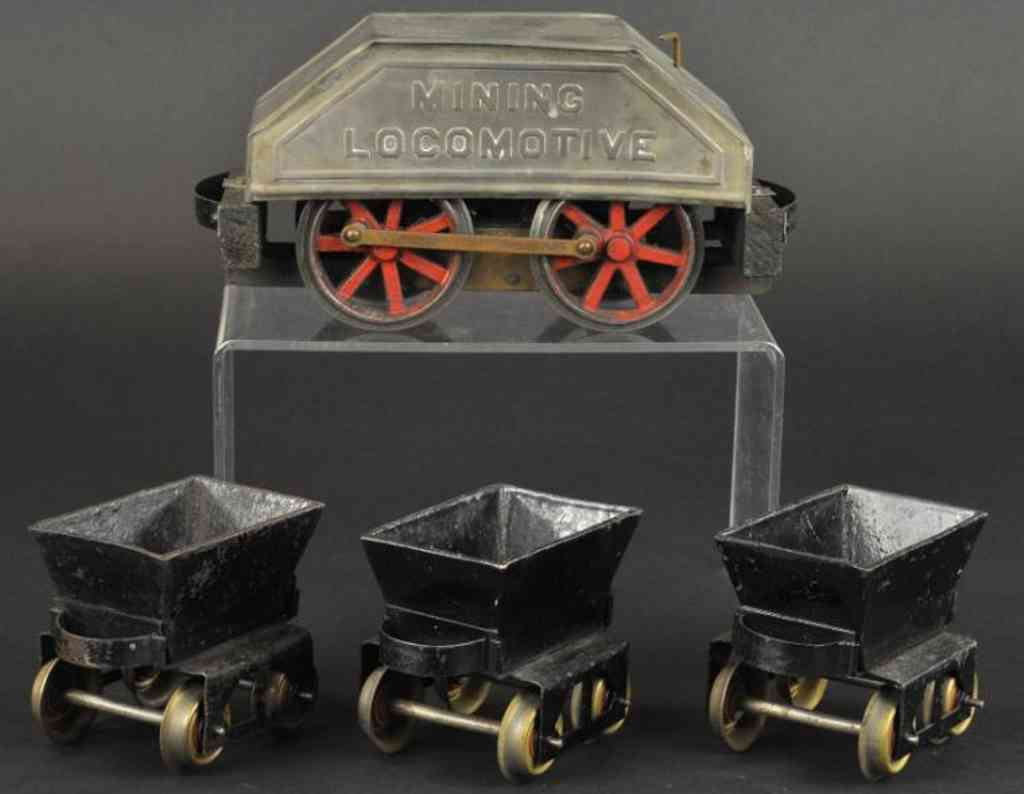 carlisle & finch railway toy train mining loco three tip cars