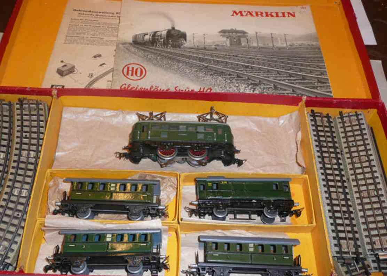 maerklin rs 827/4 eisenbahn zugpackung  rs800n 327 328 800 763 spur h0