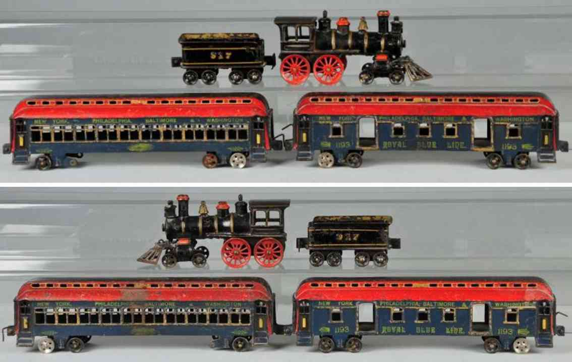 Wilkins Cast iron passenger train set tender 917 passenger car 1192 and 1193
