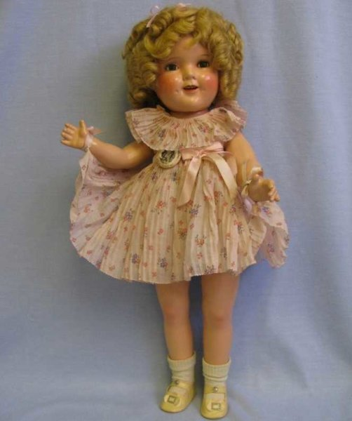 Ideal Toy Puppen Shirley Temple in geblümten Kleid aus dem Film Curly Top,